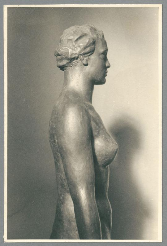 Frauenstatue III, Detail, 1933/38, Bronze oder Messing