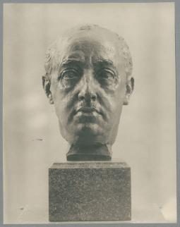 Porträt Francisco Franco, 1938, Bronze